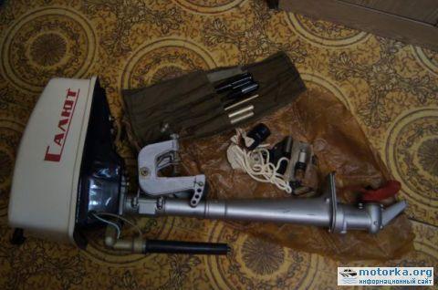 запчасти к лодочному мотору салют нижний