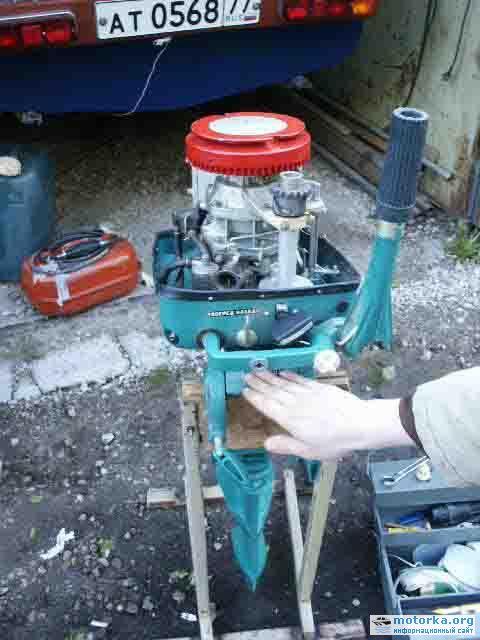 купить подвесной лодочный мотор вихрь на авито