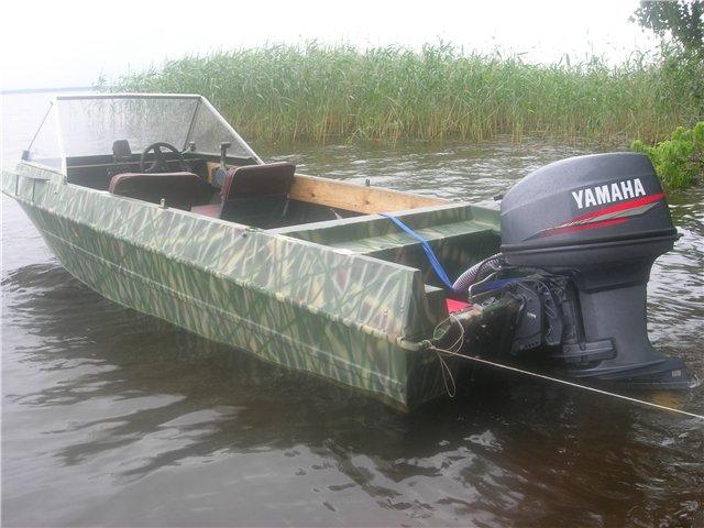 лодка Крым вид с транца