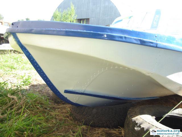 Моторная лодка Обь-3