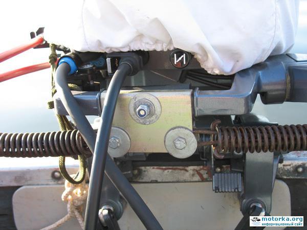 рулевой механизм лодочного мотора