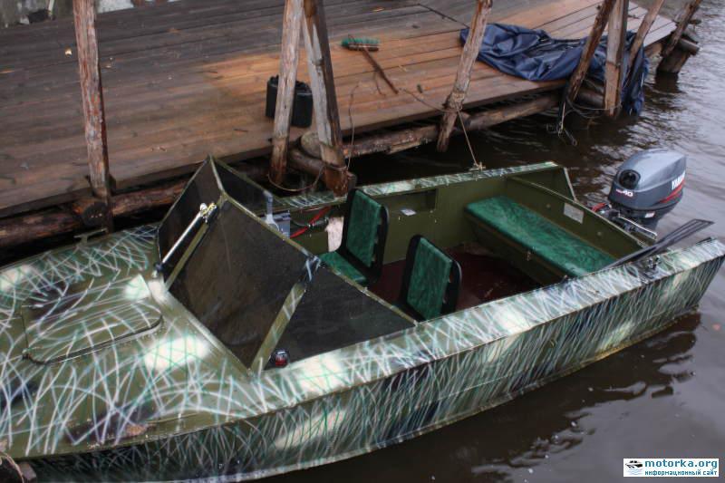 на лодочной станции надо покрасить 168 лодок один мастер