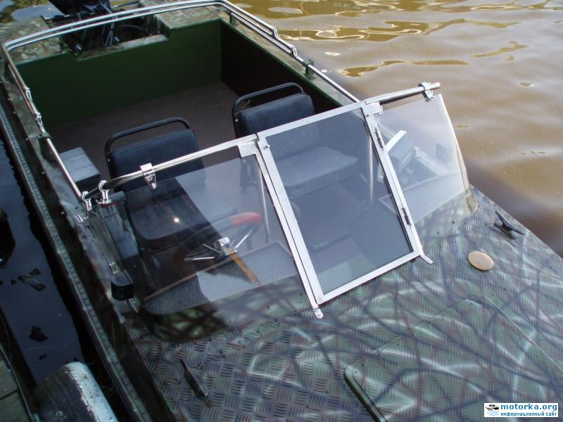 как сделать лобовое стекло на лодку крым