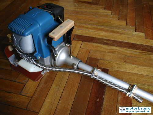 Лодочный двигатель из газонокосилки Мастер