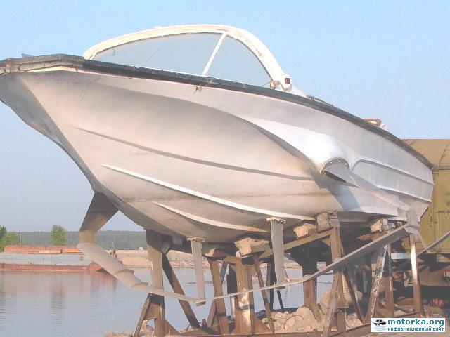 катер на подводных крыльях Невка