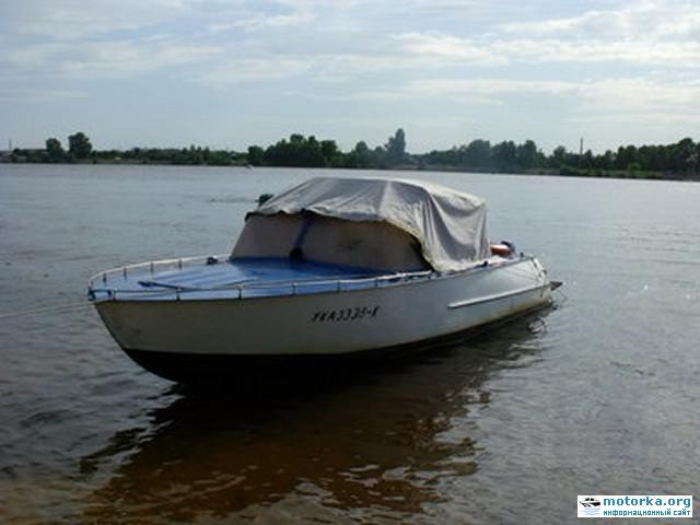 катер Амур-1