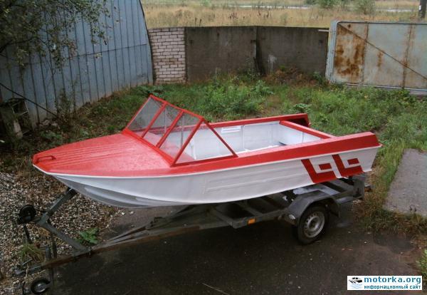 лодка Ока-4