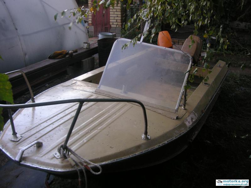 Моторная лодка Ока-1