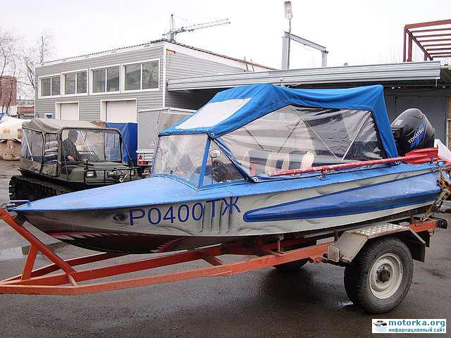 Лодка Обь-1 ЗИЧ
