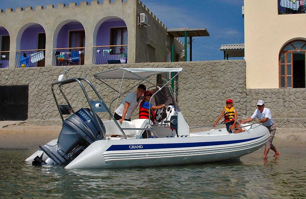 видео лодки гранд