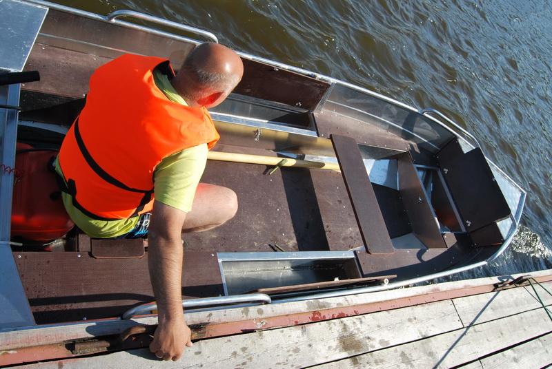 лодка Windboat-38M
