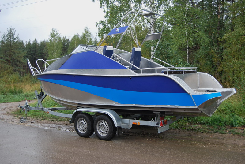 какой краской красить пластиковую лодку