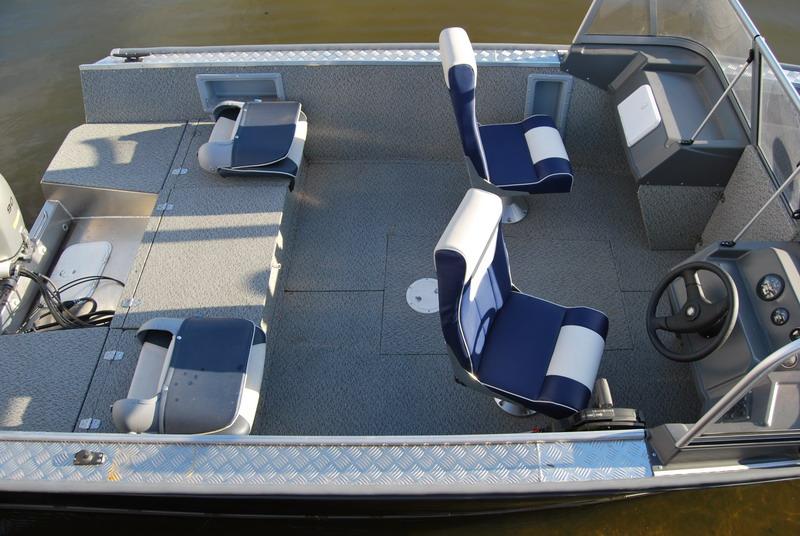 Windboat-55