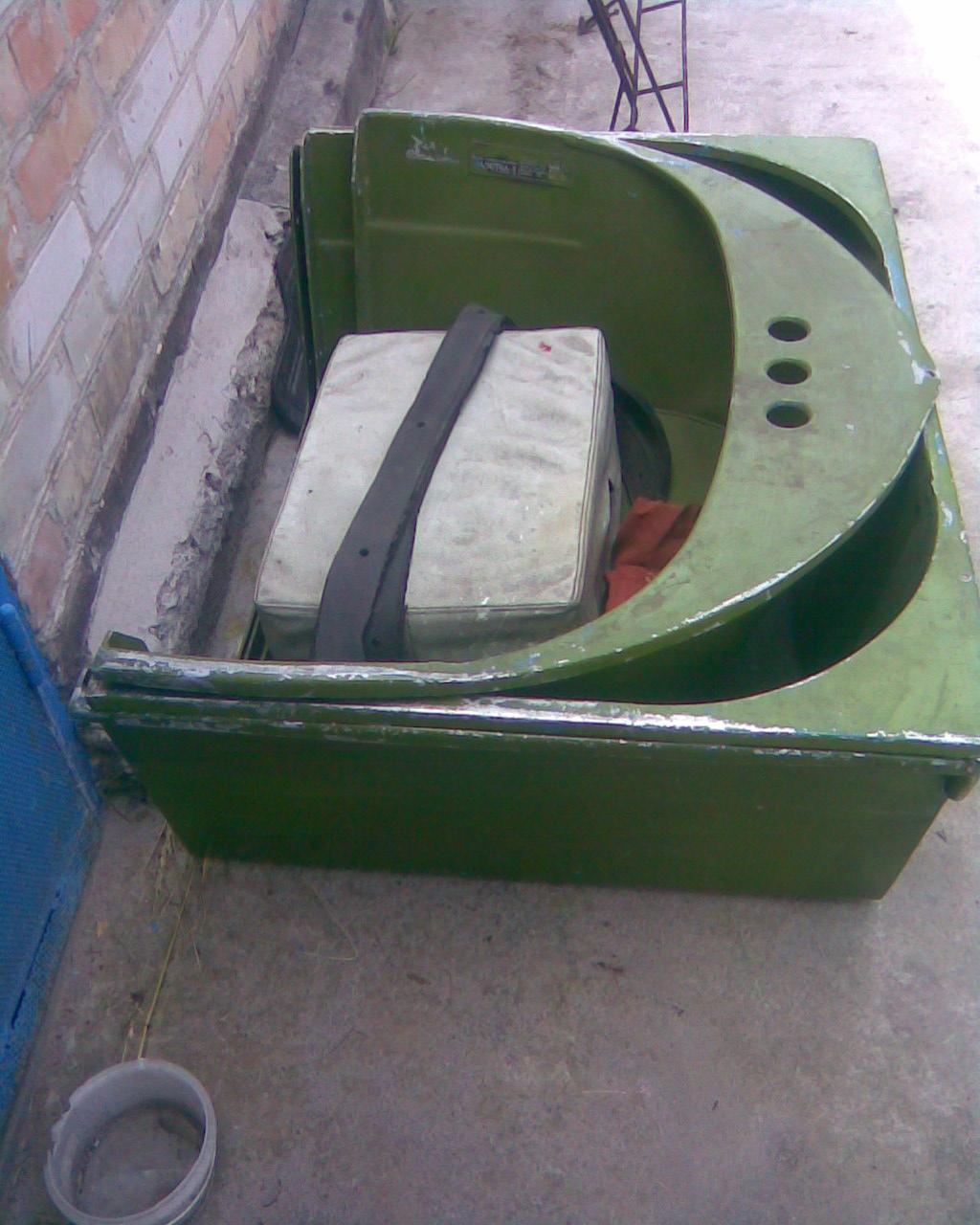разобранная лодка Малютка-3