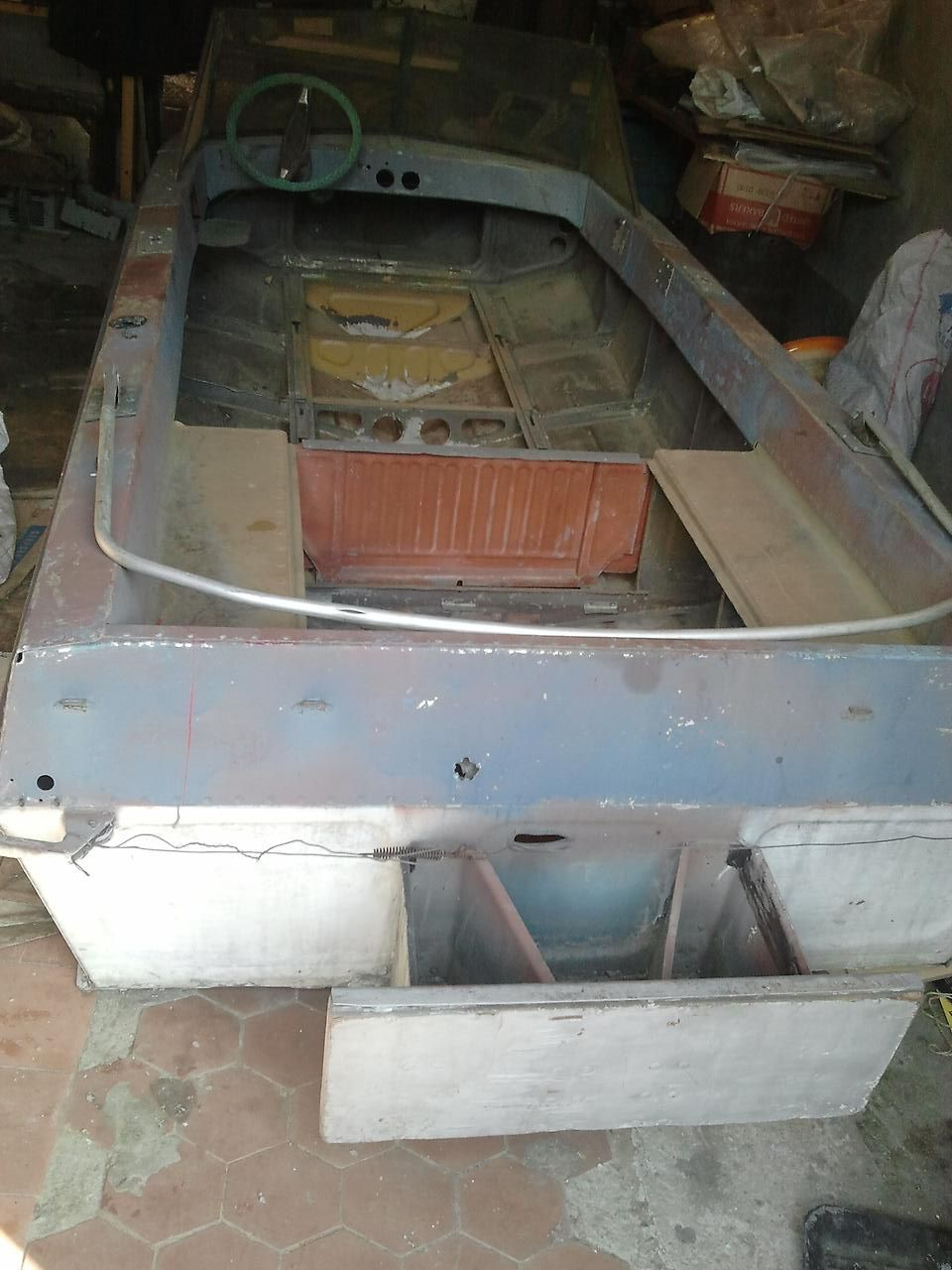 транец моторной лодки Казанка-5