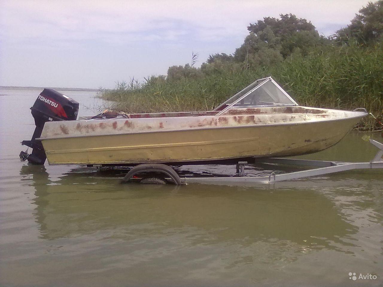 Лодка Крым-М на ходу