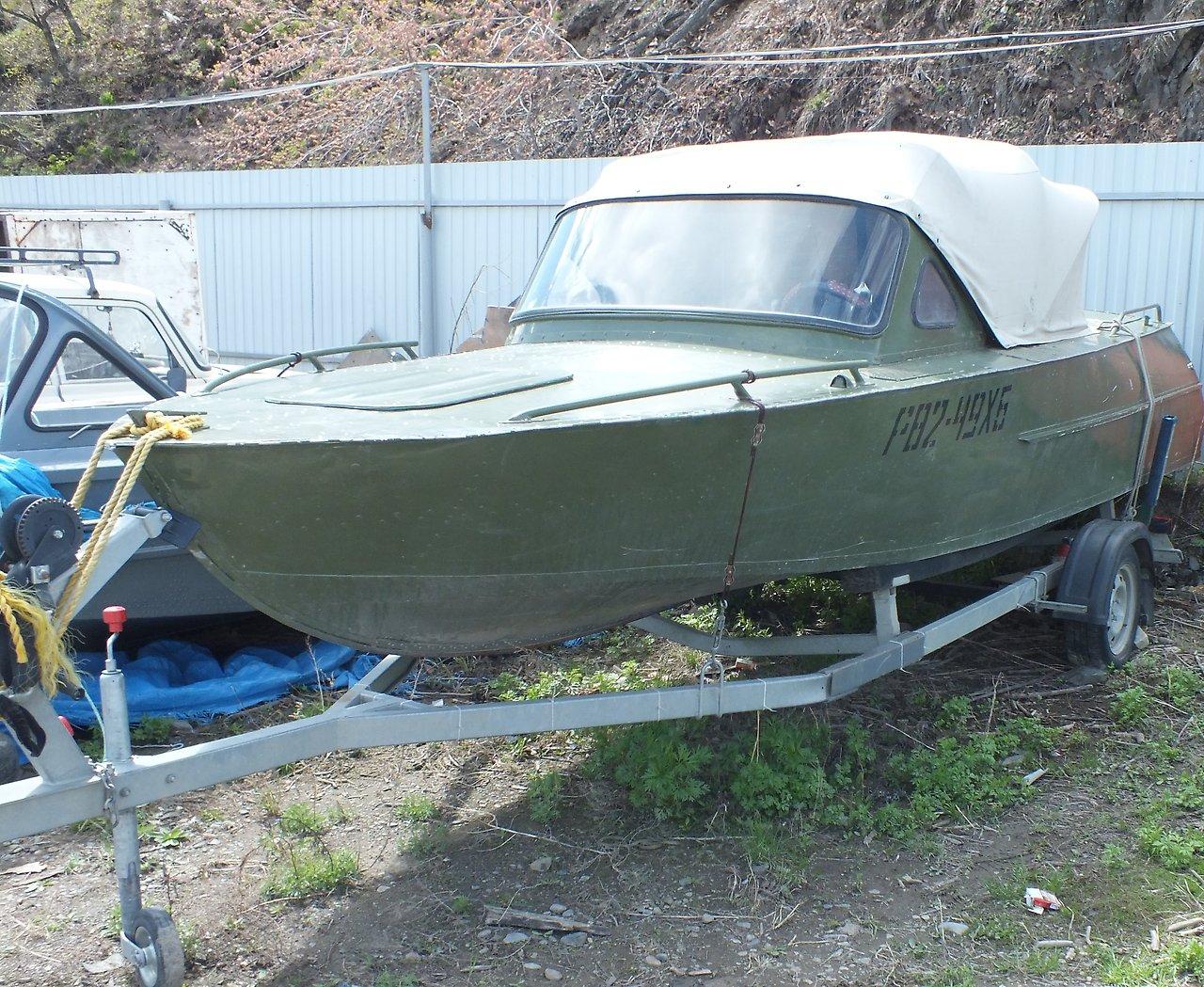 Продам лодку амур