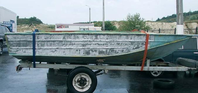 Первоначальный вид лодки Днепр