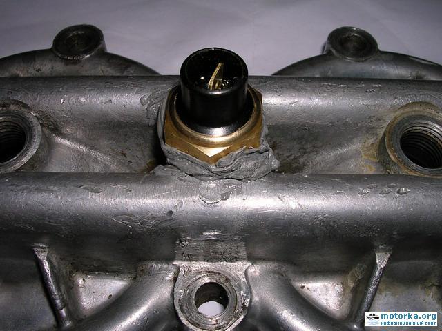 """Датчик температуры в крышке блока цилиндров мотора """"Вихрь"""""""
