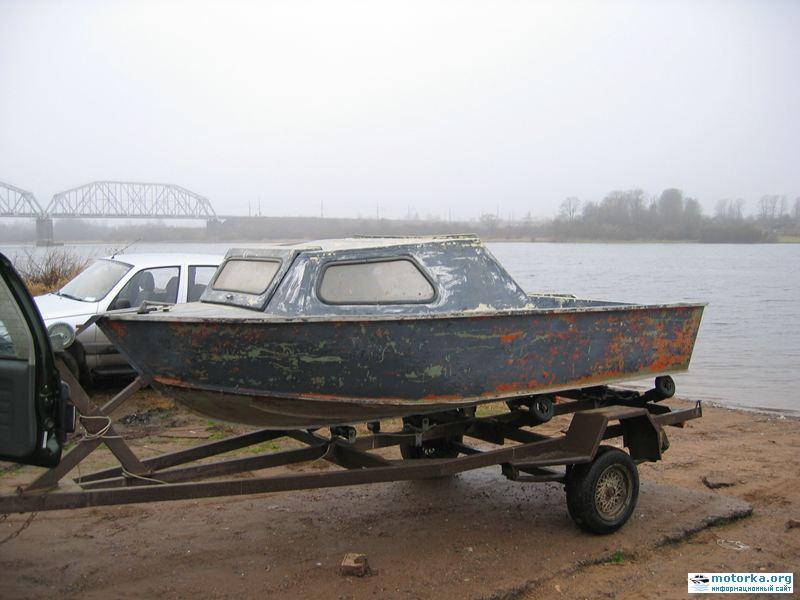 лодка Серебрянка-3 на прицепе