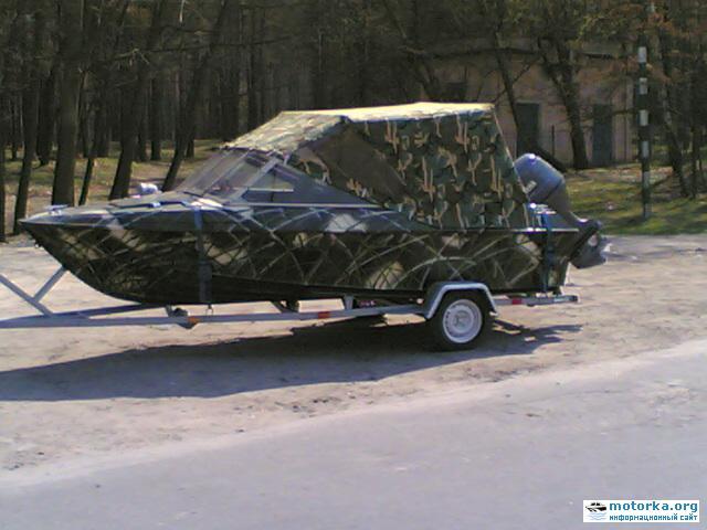 Лодка Крым-3 на лодочном трейлере