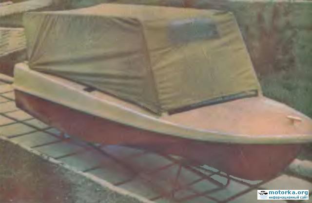 Моторная лодка Юг