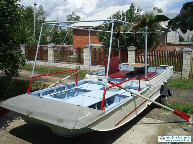 Мотолодка-прицеп Дон