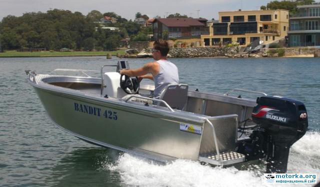 Сузуки ДТ40 на лодке