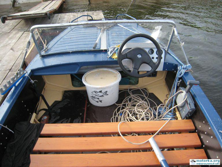 Самодельная приборная панель на лодке Воронеж