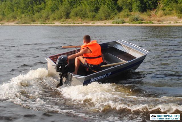 мотолодка Windboat-29