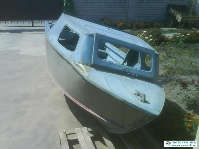 Моторная лодка Серебрянка-3