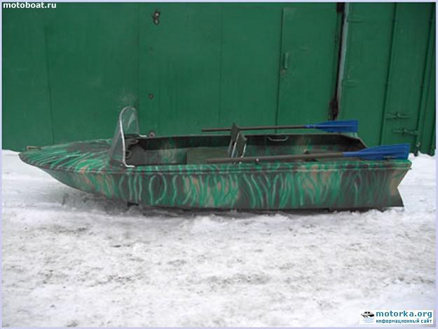 моторная лодка Янтарь