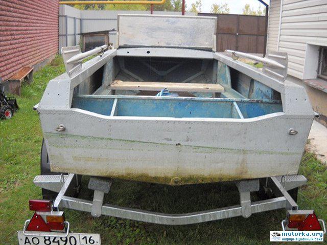 Моторная лодка Ока
