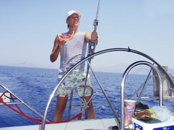 Брестчанин строит яхту для своей кругосветки