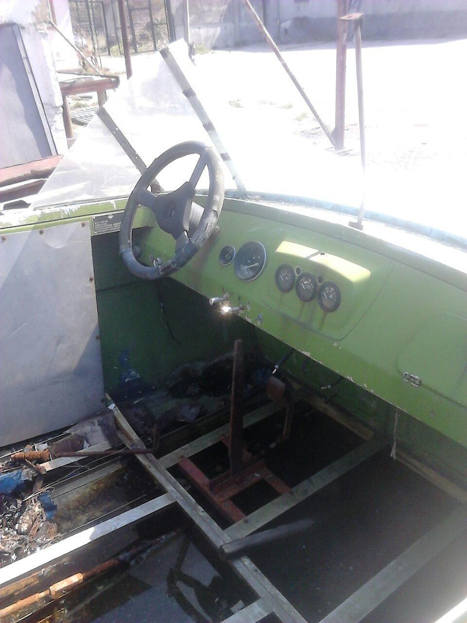 салон катера Амур-1